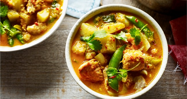 how to make fish curry with potato