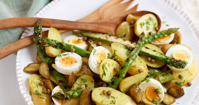Potato, griddled asparagus and egg salad recipe