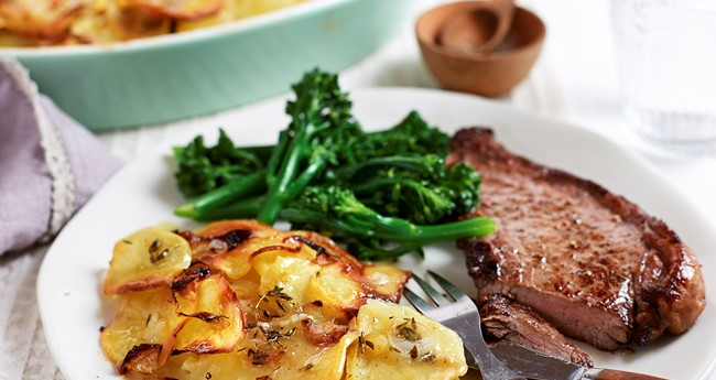 Steak and Boulangère potatoes Recipe