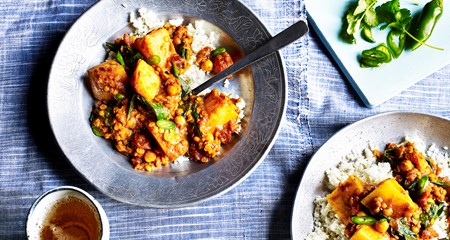 Warming Potato & Lentil Curry with Crumbled Cauliflower